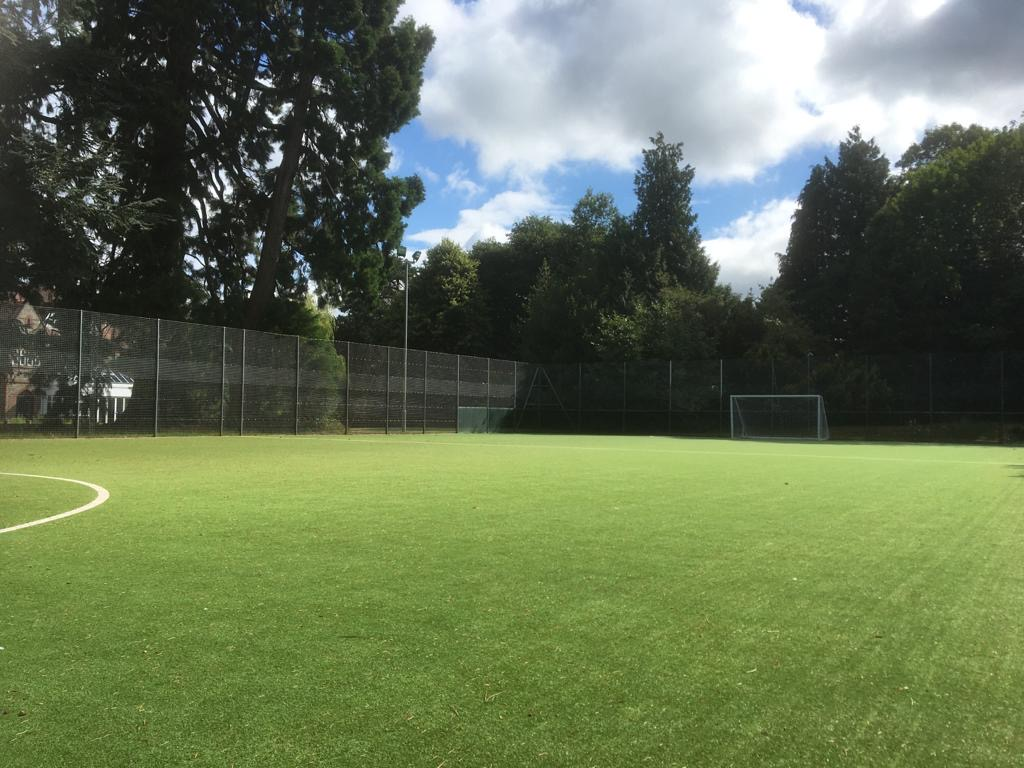 Astropitch with a capacity of 25